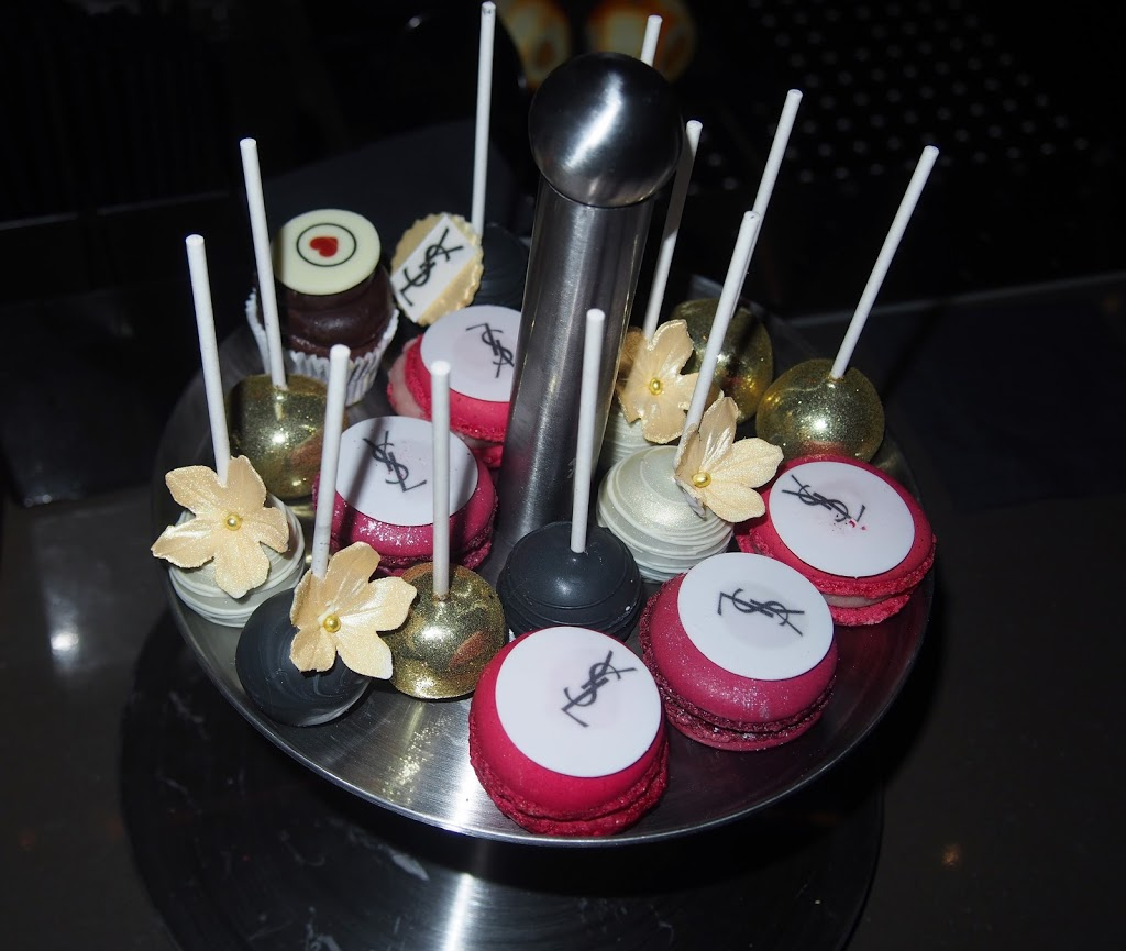 YLS X Fashiolista Macarons/Cakepops by Cupcakeboutique Cecile