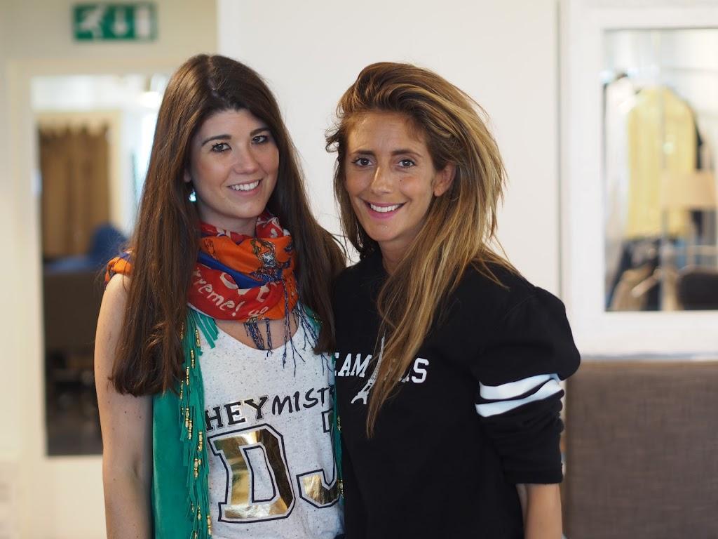 Together with stylist Danie Bles of By Danie  Maybelline Mix & Match WK poncho By Danie, stylist Danie Bles