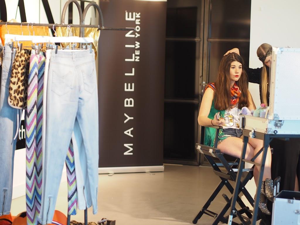 Maybelline Mix & Match WK poncho By Danie, stylist Danie Bles