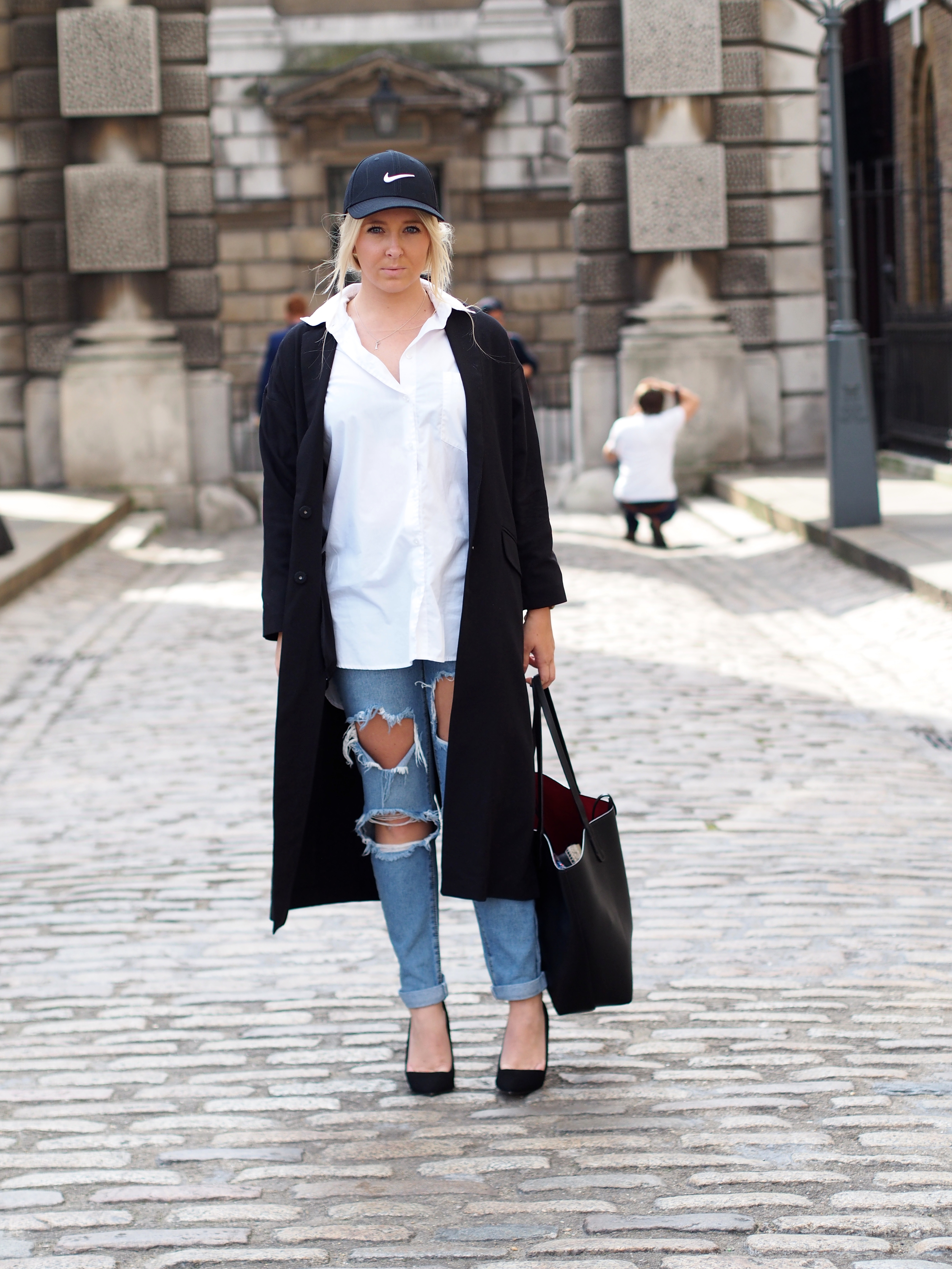 Streetstyle London Fashionweek Somerset House blogger Joanne Christina Lewis