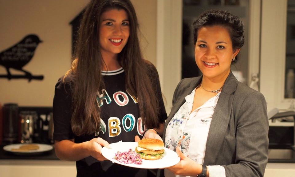 FOODIE WEDNESDAY WITH ANNELOES: KIKKERERWTEN BURGER