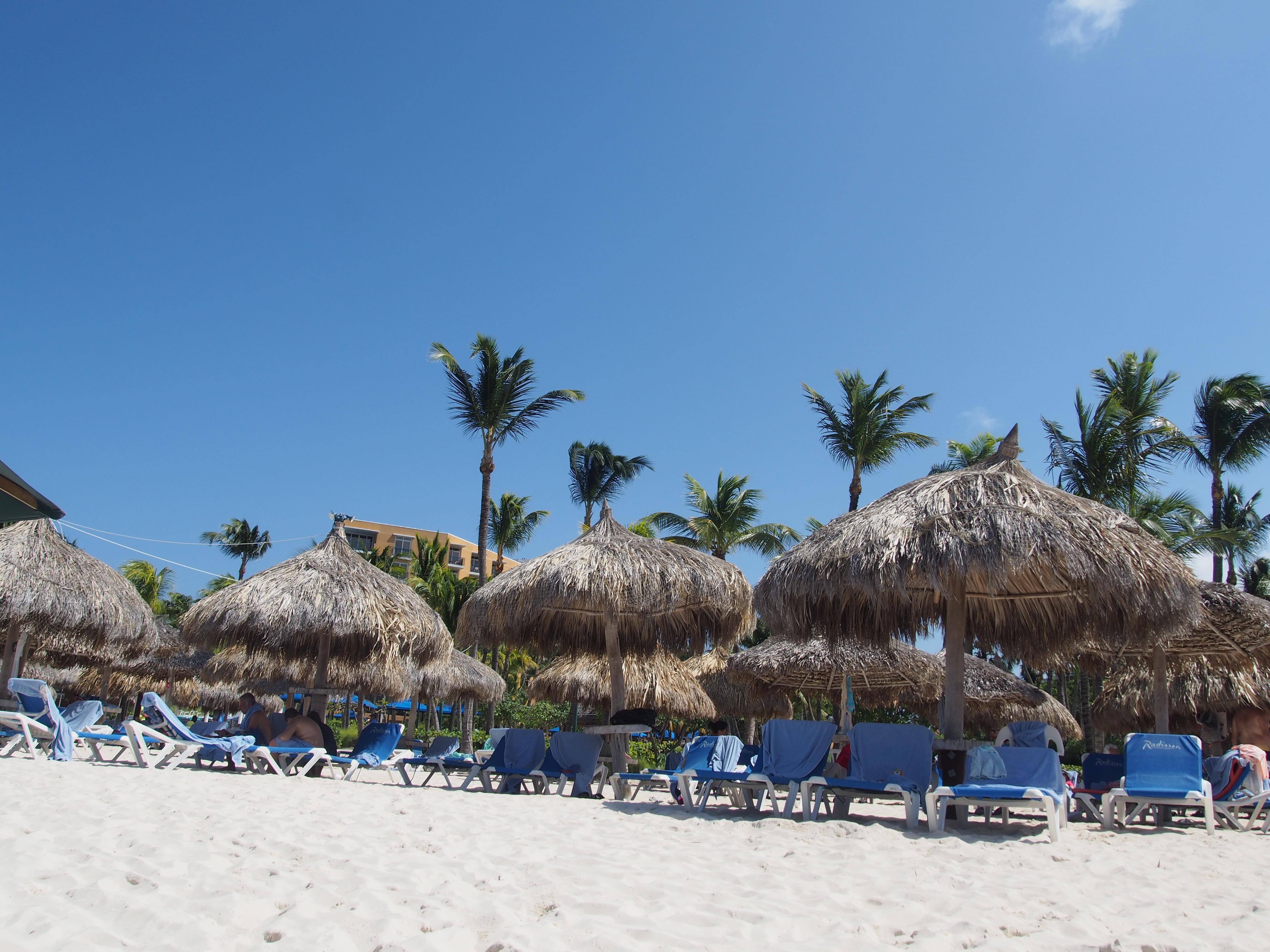 Aruba holiday 2014 Radison hotel beach