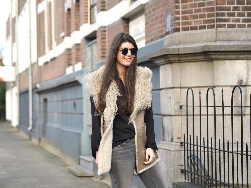 Santa CHÈ  OOTD Fashionblogger Chloe Sterk Levi's jeans