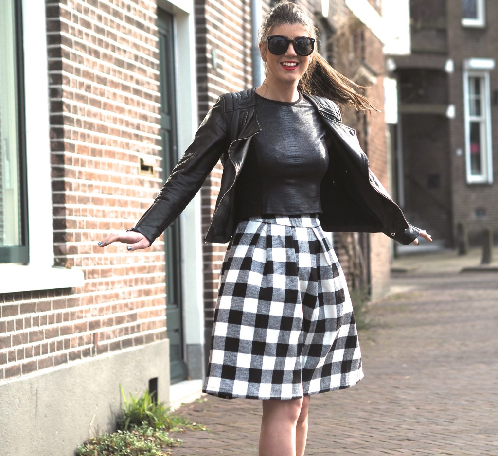 The midi skirt by Chichwish OOTD Fashionblogger Chloe Sterk