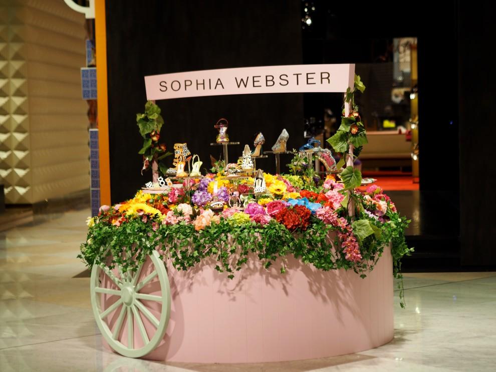 Sophia Webster shoes at Dubai Mall Dubai Meeting Point Dubai sunweb Citytrip things to do in Dubai
