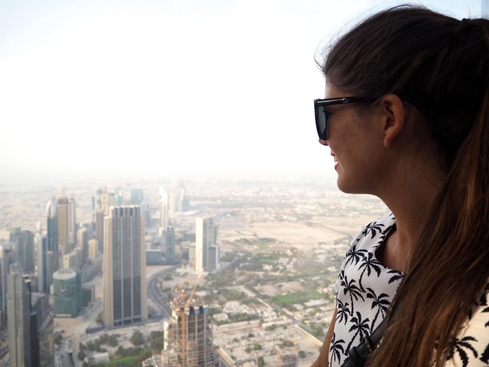 Burj Khalifa DUBAI Meeting Point Dubai sunweb Citytrip things to do in Dubai