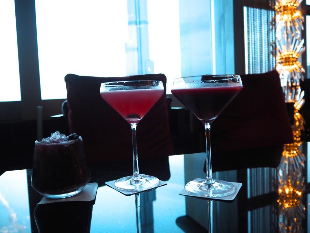 Cocktails Neos DUbai Meeting Point Dubai sunweb Citytrip things to do in Dubai