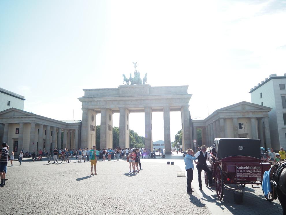 Olympus PEN Generation BERLIN VLOG FASHIONISTA CHLOE BLOGGER MBFWB FASHIONWEEK BERLIN