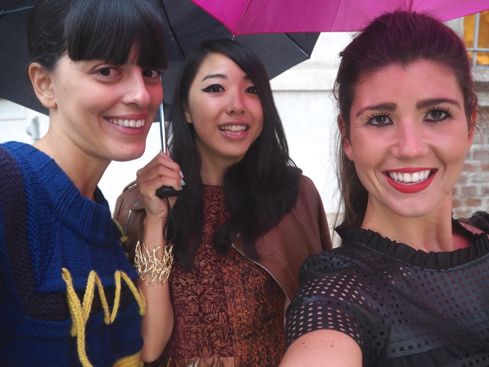 With blogger babes Laura Comolli and Yuyu Zhangzou MFW RECAP MILAN FASHIONWEEK