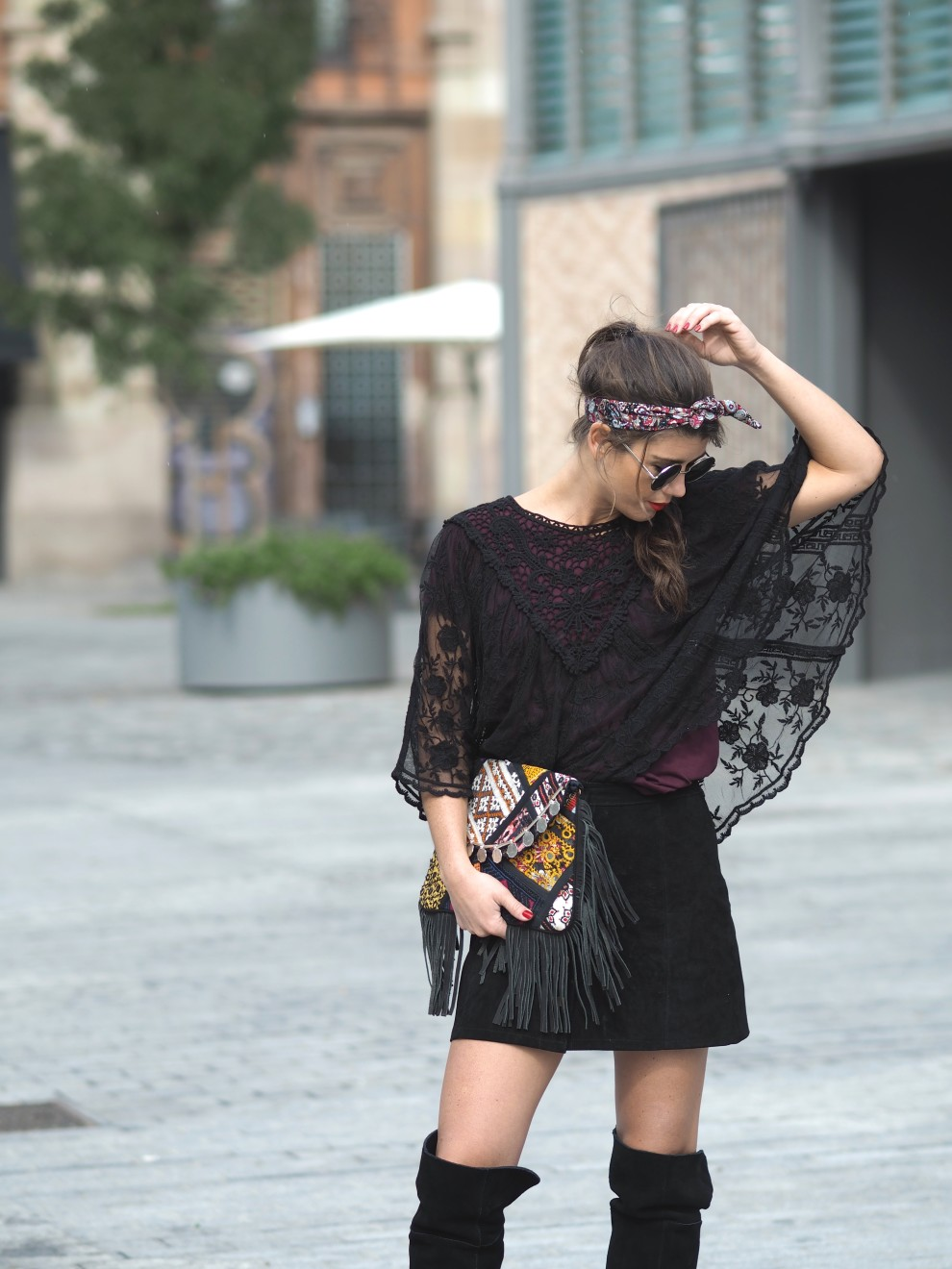 LACE TOP, LOLA NOMADA, HIGH KNEES BOOTS OOTD FASHIONBLOGGER