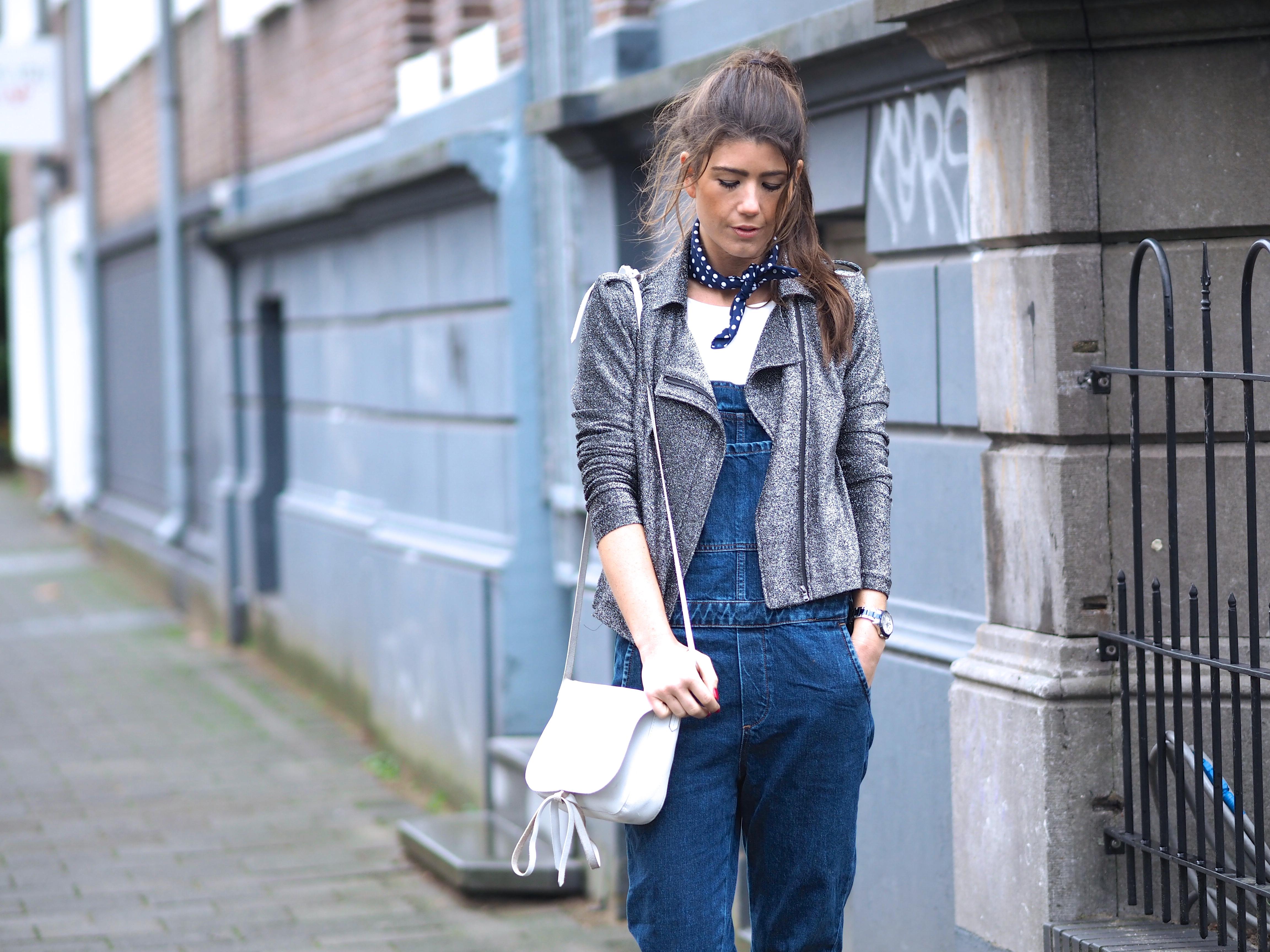 fc4c1d23f86bb THE GLITTER BIKER JACKET. november 18, 2015 door Chloë Sterk 1 · vero moda  otto fashionblogger