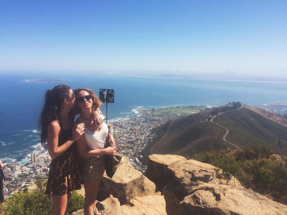 TRAVEL TIPS CAPE TOWN LION'S HEAD FASHIONISTA CHLOE