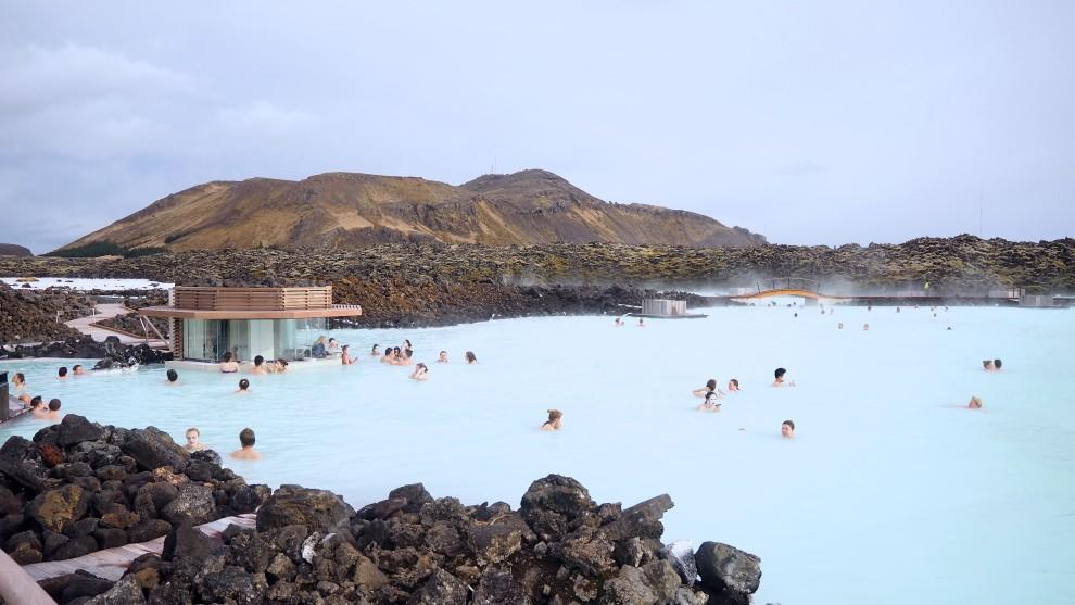 Blue Lagoon Iceland IJslandspecialist Fashionblogger Travel WOW AIR