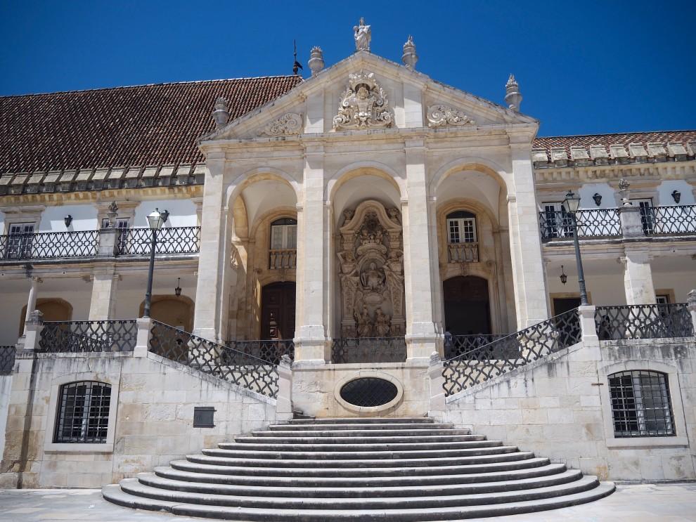 ROADTRIP PORTUGAL COIMBRA UNIVERSITY CENTRO DE PORTUGAL