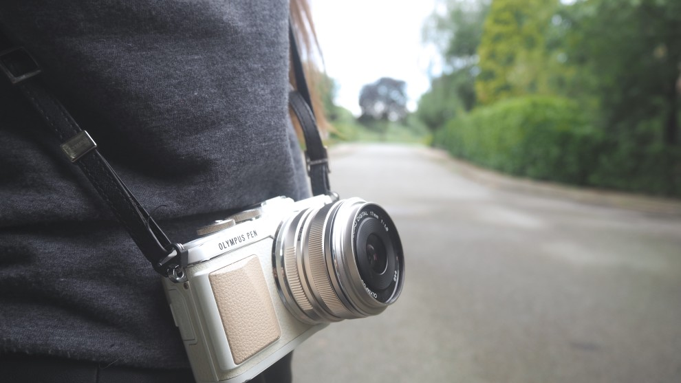 OLYMPUS PEN E-PL7 17MM lens