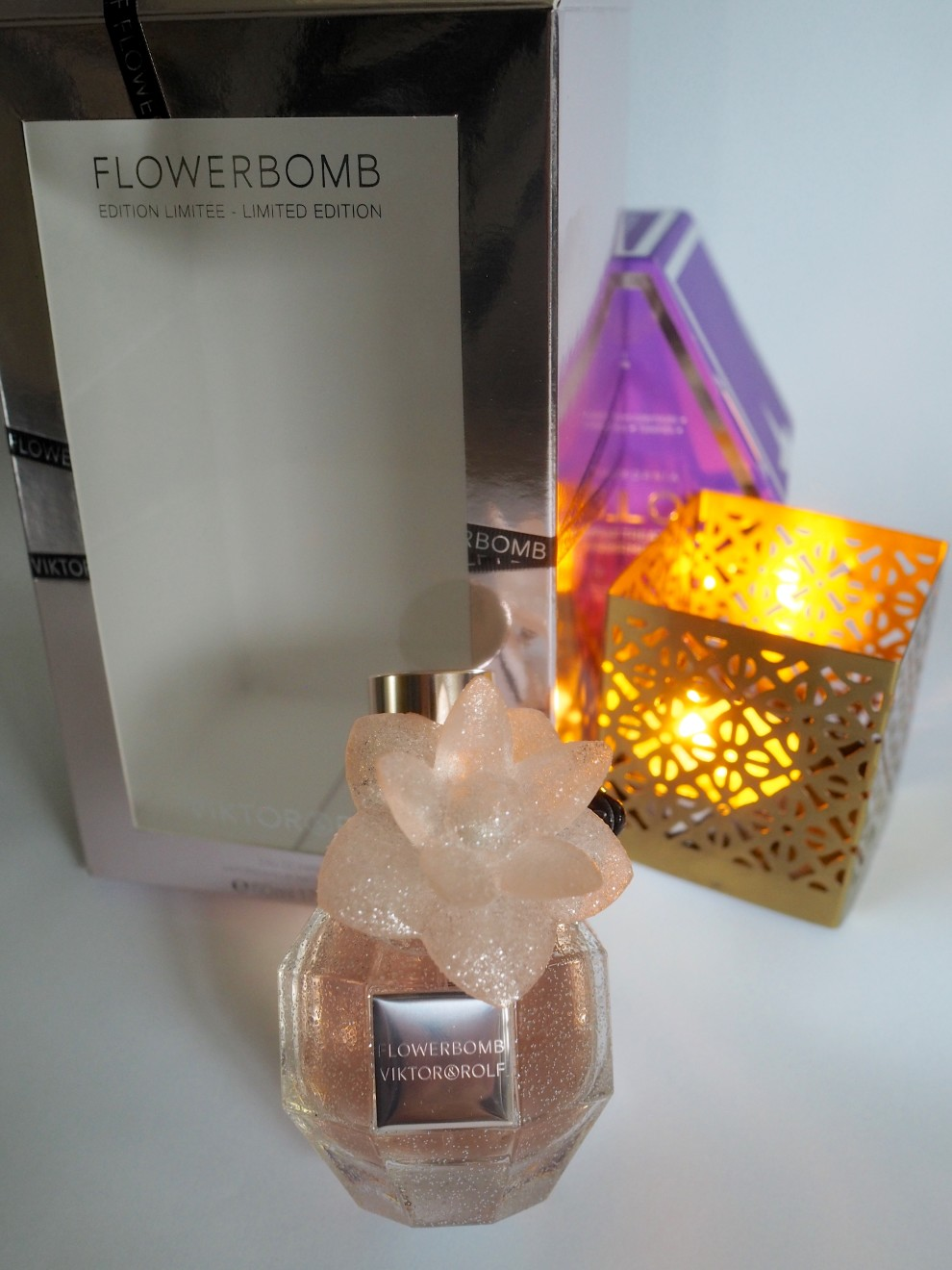 FLOWER BOMB LIMITED CHRISTMAS EDITION