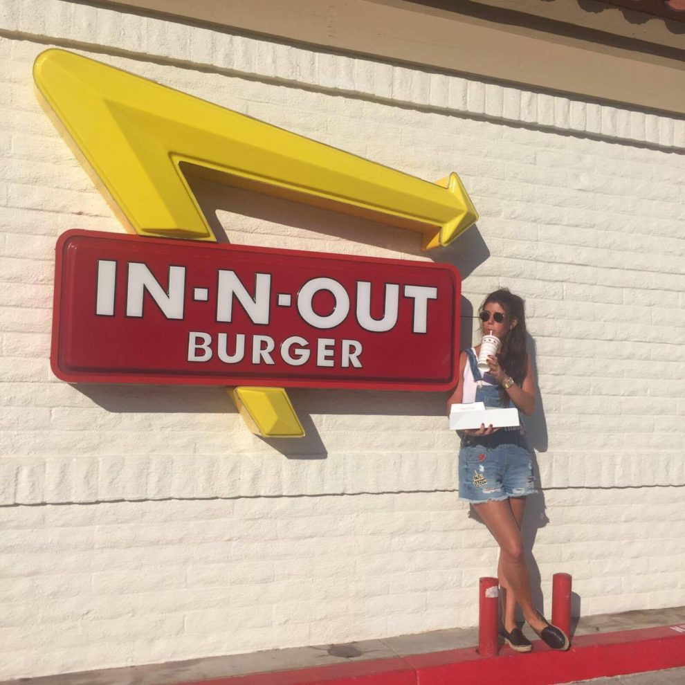 IN-N-OUT BURGER POPULAIR 5 TIPS USA ROADTRIP