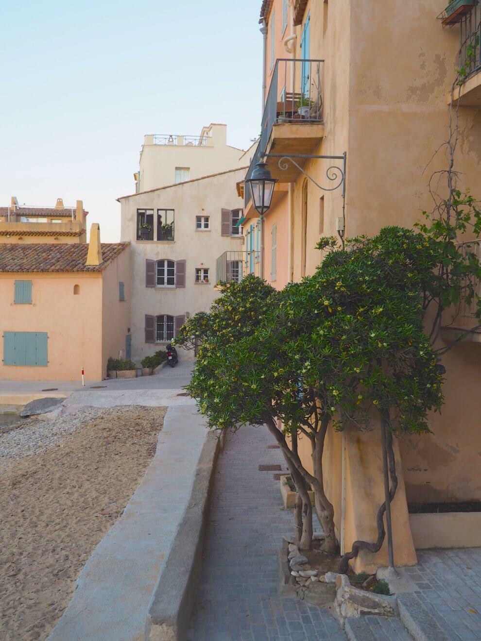 handigste Saint Tropez tips voor aankomende zomer -La Pesquiere budget uiteten Saint Tropez