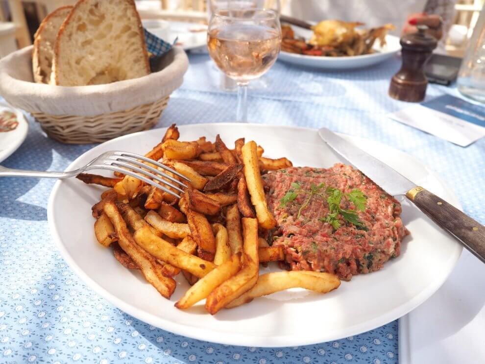 handigste Saint Tropez tips voor aankomende zomer - Club55 lunchen