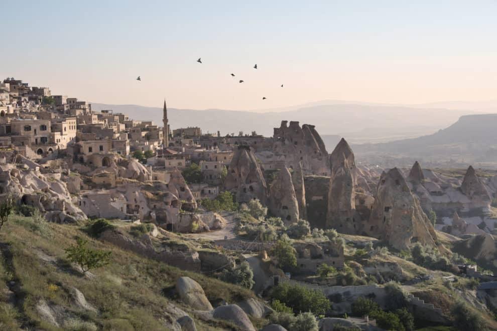 landschap van Cappadocië Corendon Turkije vakantie last-minite ballonvaart over Cappadocië