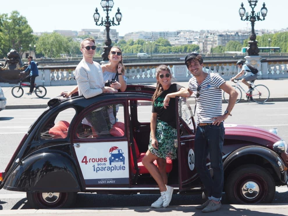 Parijse highlights 2CV van 4 Roues Sous 1 Paraplu