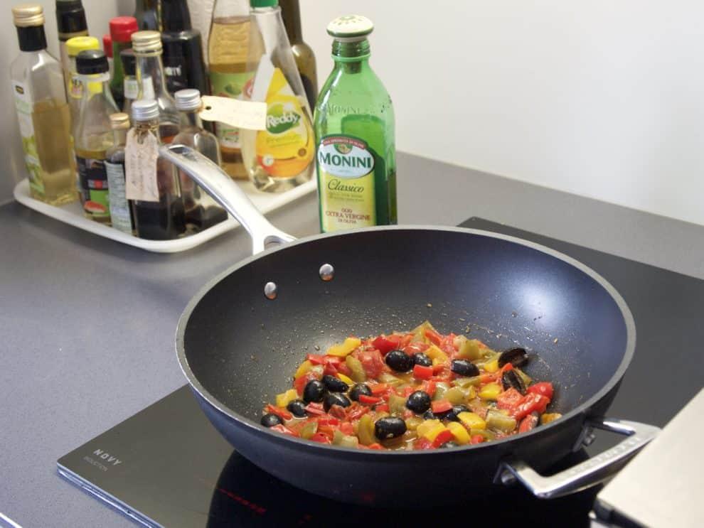 Snel en gezond: paprika met burrata salade Recepten