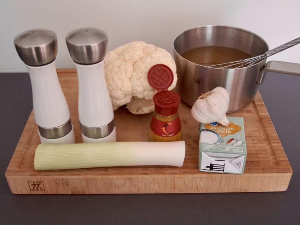 makkelijk gezond recept zachte bloemkoolsoep met een oosters tintje