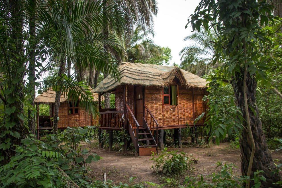 AbCa's Creek Lodge lodge (huisjes) in het binnenland van Gambia waar je kennis maakt met het traditionele leven en geniet van de natuur.AbCa's Creek Lodge lodge (huisjes) in het binnenland van Gambia waar je kennis maakt met het traditionele leven en geniet van de natuur.