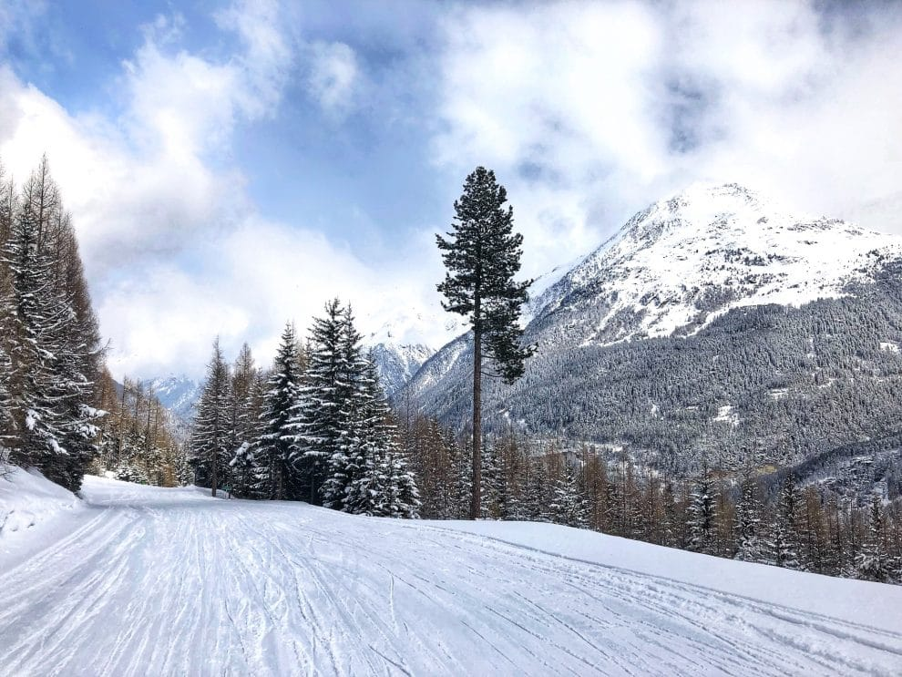 25 feiten over skien in Sölden Gaislachkogl Mittelstation Oostenrijk