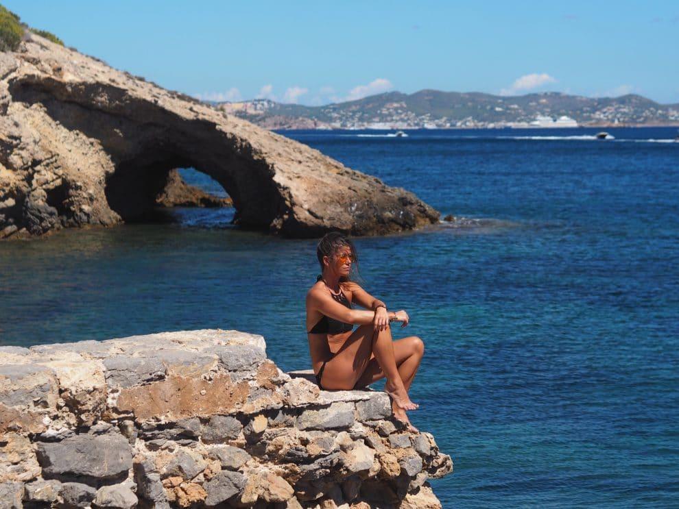 vakantie op Ibiza stranden van Ibiza Es Cavallet Chloe Sterk