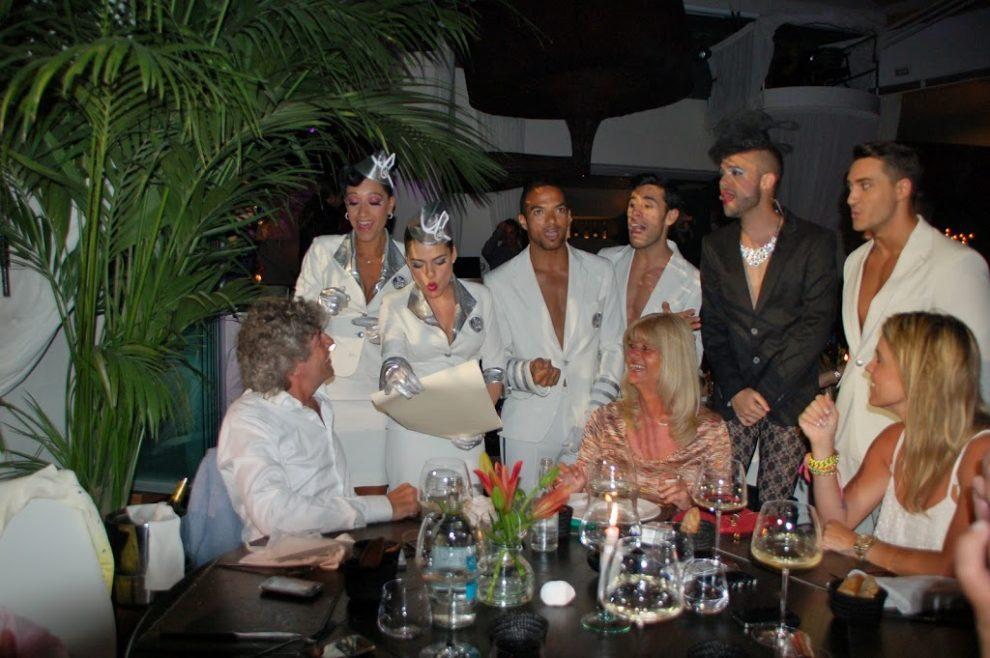 vakantie op Ibiza stranden van Ibiza cabaretshow Ibiza Restaurant Lio Chloe Sterk