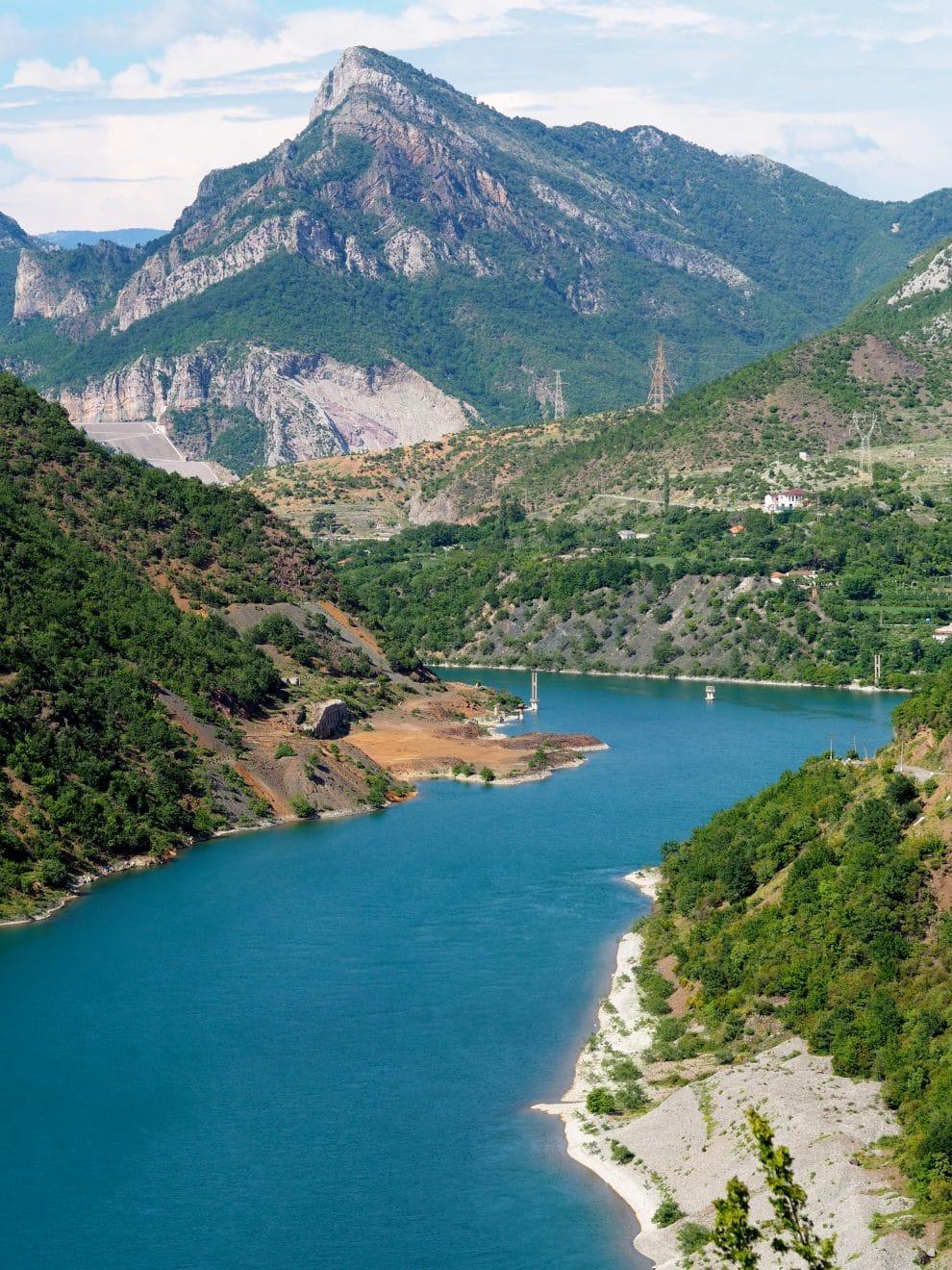 Rondreis door Noord Albanië - Lake Komani
