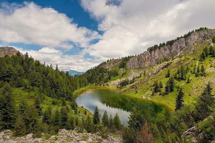 1 dag in Kosovo - Balkan roadtrip - Lake Leqinat. - Reizen in Kosovo