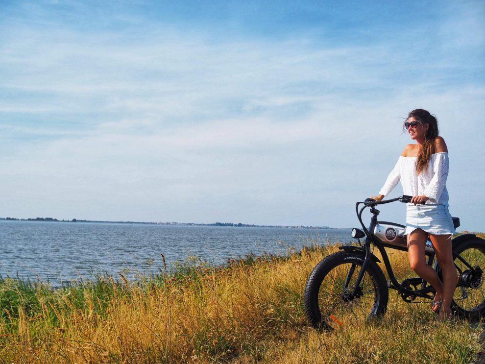 Dagje Volendam en Marken - E Chopper Bike naar Monnickendam Rent & Event