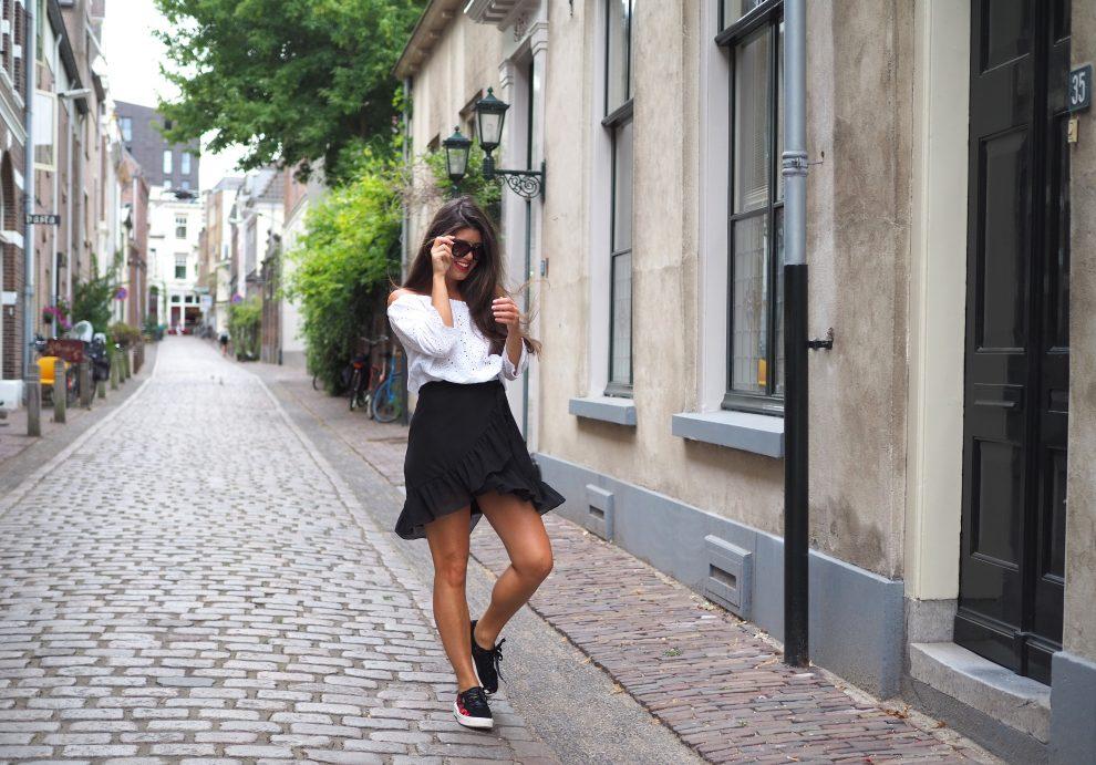 kledingtrends Puma sneakers Sportshowroom.nl Chloe Sterk