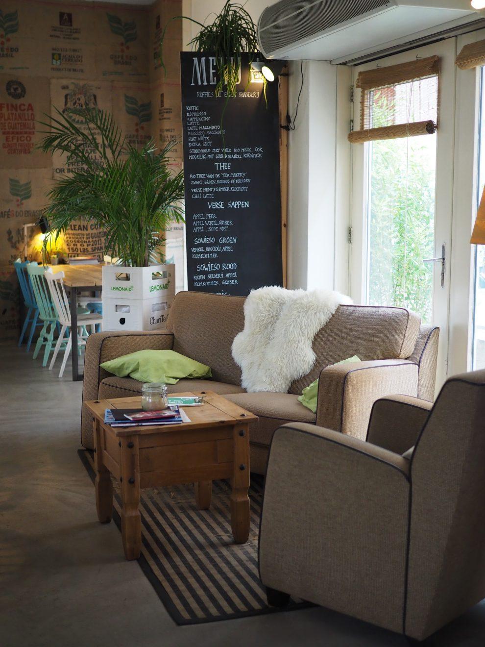 cityrtrip Breda de Haven lunch cafe Sowieso tips voor een dag naar Breda