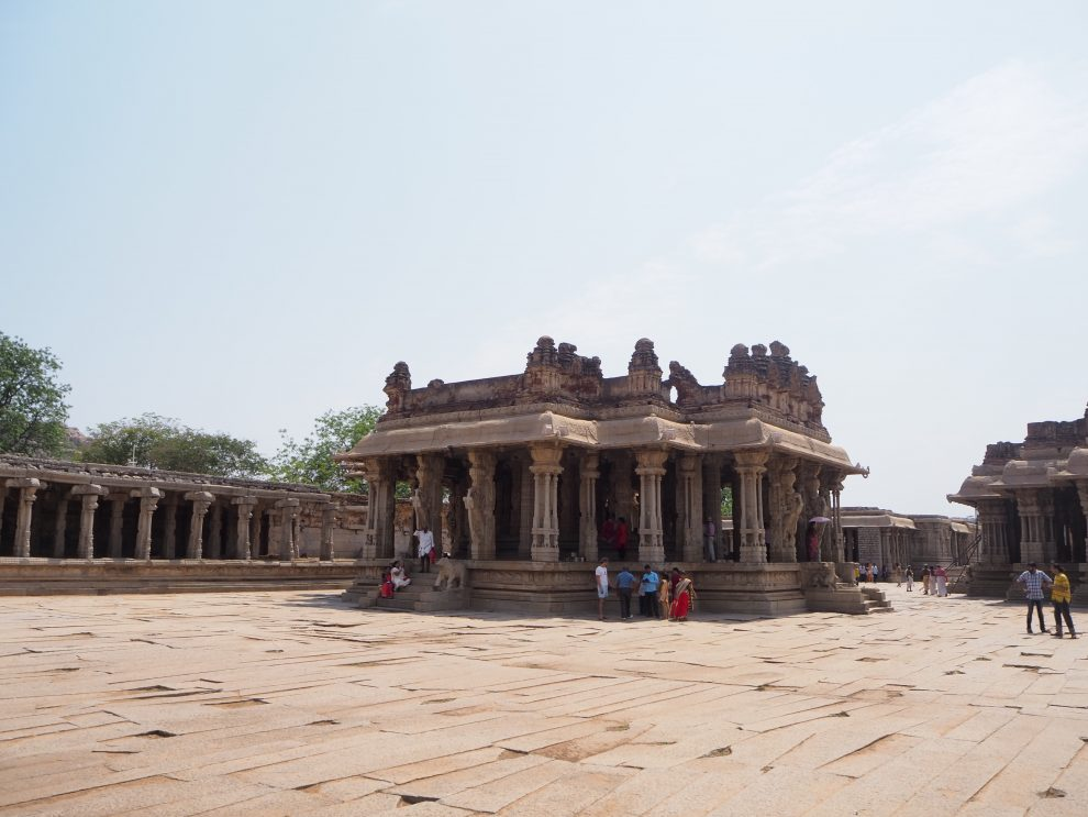 Reizen naar Hampi,Vithala temple, travel guide to Hampi India