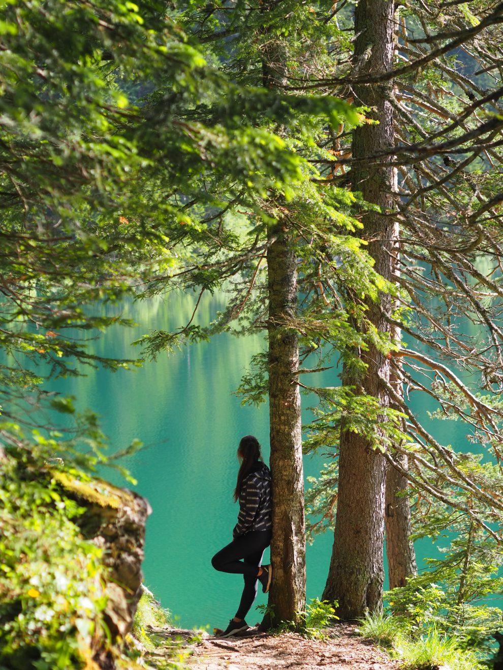 Een bezoek aan national park Dormitor enCrno Jezero. Dit zijn de bergen en het noorden van Montenegro, Žabljak roadtrip Montenegro