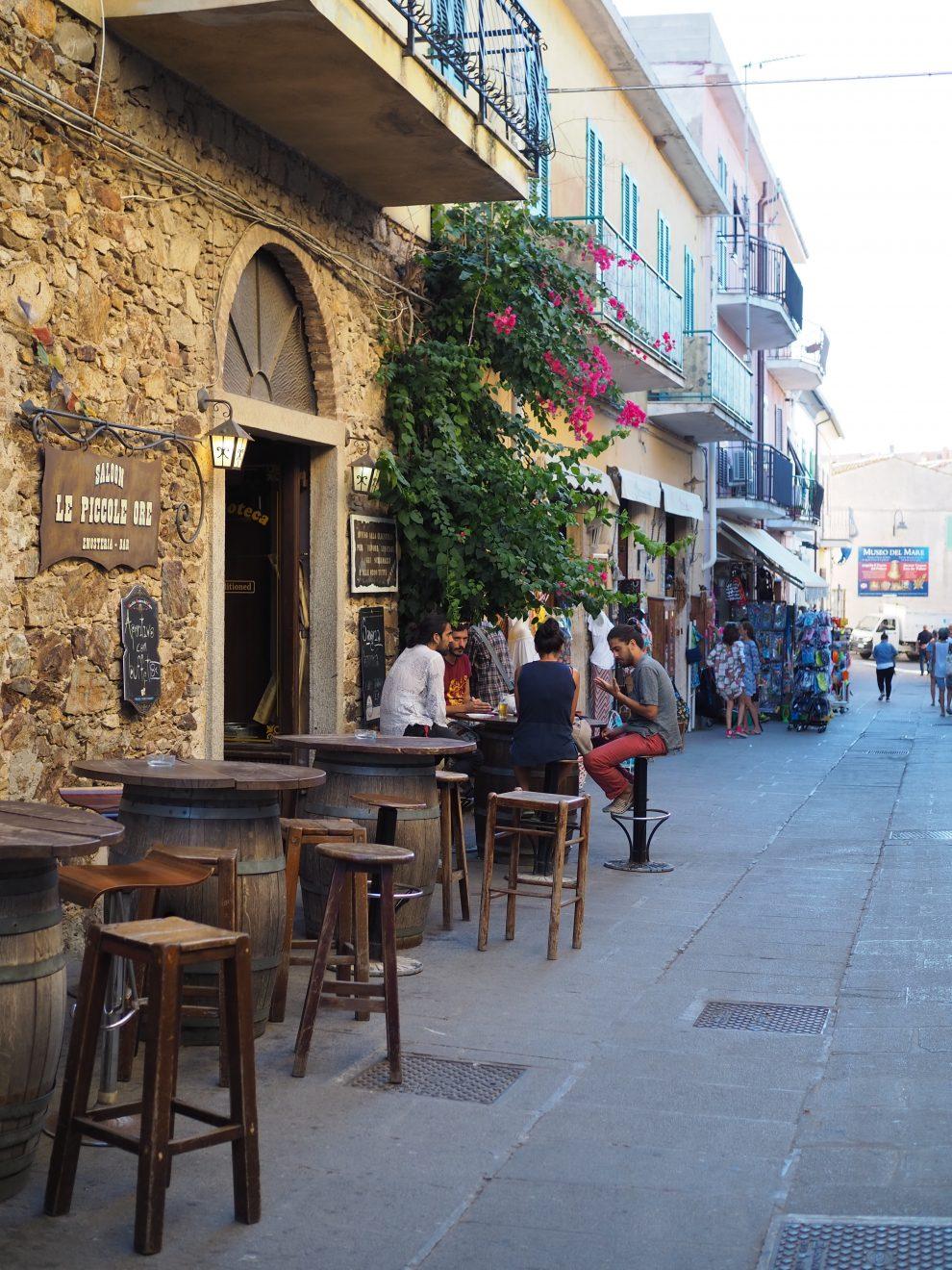 Vakantie opElba - Capoliveri;het leukste dorp van Elba - restaurants op Elba Saloon Le Piccole Ore
