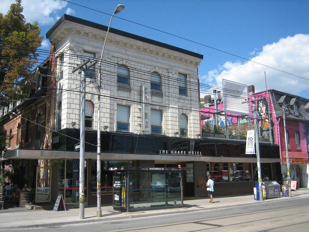 Citytrip Toronto. Leukste wijk in Toronto, Queen Street West, The Drake Hotel, bezienswaardigheden Toronto Canada
