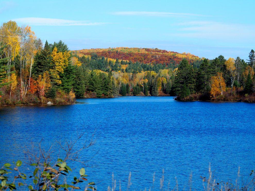 Oost Canada roadtrip. De mooiste route van Montréal naar Toronto. Rondreis Oost Canada. Algonquin Provincial Park en Kawartha Lakes