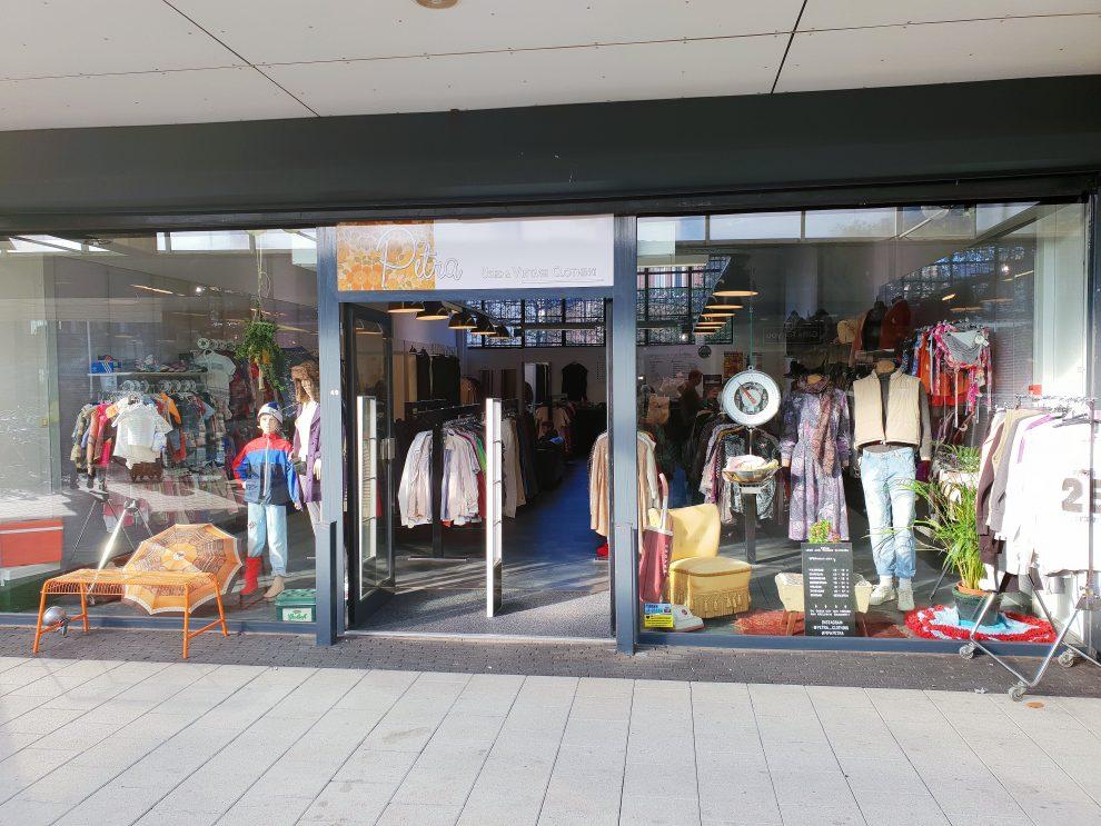 vintage winkels in Tilburg Petra Used & Vintage Clothing