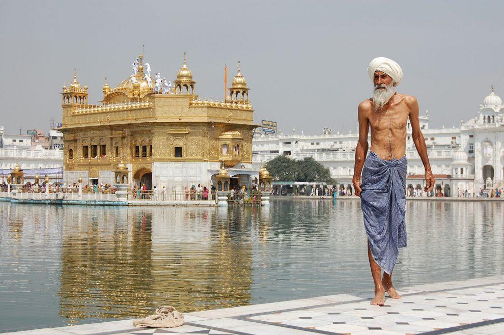 15 hoogtepunten voor een reis naar India - gouden tempel Amritsar India