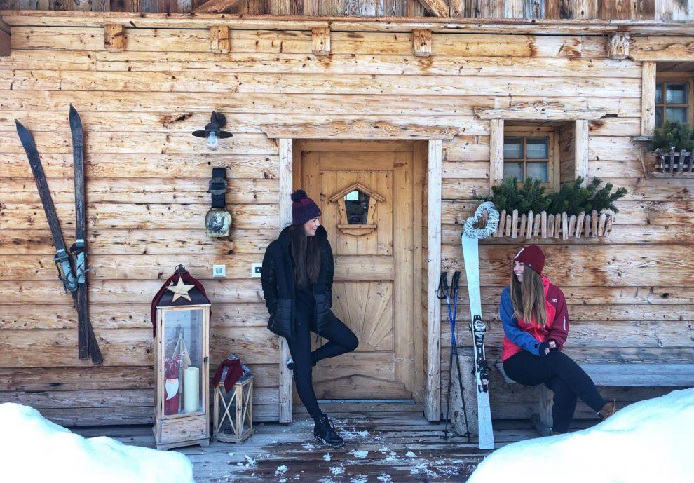 ski vakantie Oostenrijk knusse chalets bij Almdorf Sankt Johann. skiën in Flachau, ski amade Salzburger Sportwelt