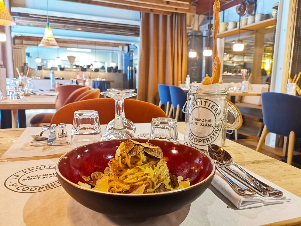 La Fruitière restaurant. La Folie Douce hotel Chamonix - après-ski Frankrijk.