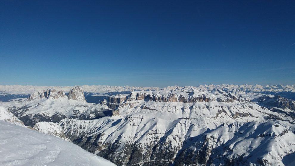 Dolomiti Superski; wintersport in de Italiaanse Dolomieten - Marmolada