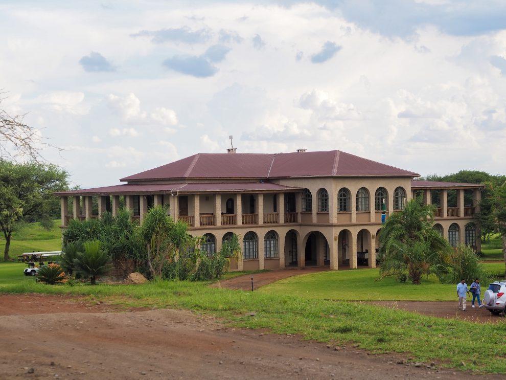 Kili Villa; Luxieus slapen, lekker eten en golfen in Tanzania - Safari vakantie in Tanzania Arusha
