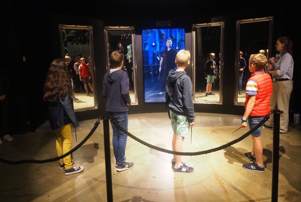 bezoek aan de Harry Potter Studio Tour in London. Dit de beste tips voor een dagtrip vanuit Londen. Privet Drive, Het huis van de Duffelingen.