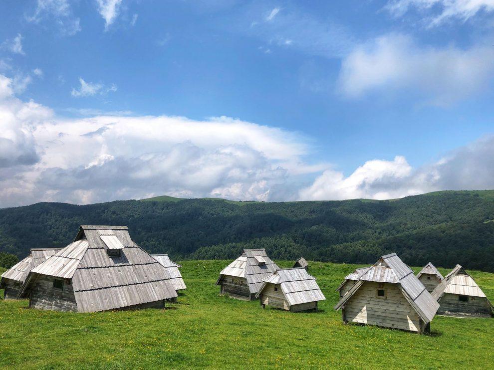 Balkan roadtrip - 3weekse reisroute - de bergen van Montenegro - Eko Katun Vranjak