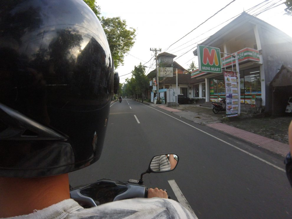 Eerste keer op vakantie naar Bali. 21-daagse reisroute & 10 tips - scooter huren op Bali, tips, gevaarlijk, hoe duur?